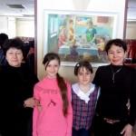 Бобкова Г.Ф. и Ичанга О.М. -на краевом конкурсе исполнительского мастерства с юными участницами конкурса. 2012 г.